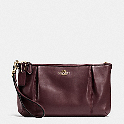COLETTE ZIP TOP WRISTLET IN LEATHER - IMOXB - COACH F64369
