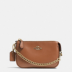 COACH NOLITA WRISTLET 15 IN LEATHER - LIGHT GOLD/SADDLE - F64791