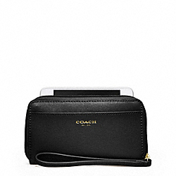 EAST/WEST UNIVERSAL CASE IN SAFFIANO LEATHER - BRASS/BLACK - COACH F64976