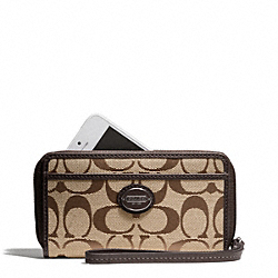 EAST/WEST UNIVERSAL CASE IN SIGNATURE - f64997 - SILVER/KHAKI/MAHOGANY