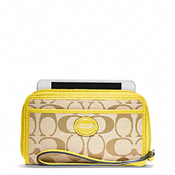 EAST/WEST UNIVERSAL CASE IN SIGNATURE - SILVER/LIGHT KHAKI/LEMON - COACH F64997