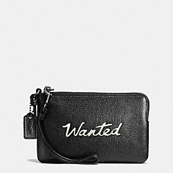 COACH LUCK SCRIPT CORNER ZIP WRISTLET IN LEATHER - MATTE BLACK/BLACK - COACH F65189