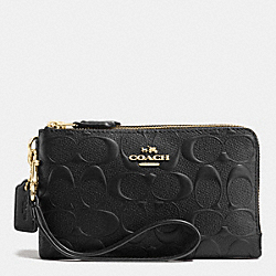 DOUBLE CORNER ZIP WRISTLET IN DEBOSSED SIGNATURE LEATHER - IMITATION GOLD/BLACK - COACH F65219
