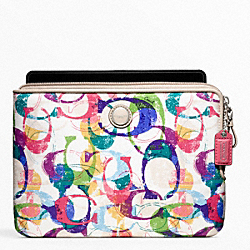 POPPY STAMPED C L-ZIP E-READER SLEEVE COACH F65237