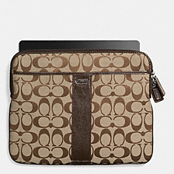 COACH SIGNATURE EAST/WEST UNIVERSAL CASE IN SIGNATURE CANVAS - SILVER/KHAKI/MAHOGANY 2 - F65256