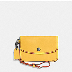 COACH ENVELOPE KEY POUCH IN GLOVETANNED LEATHER - DARK GUNMETAL/CANARY - F65268