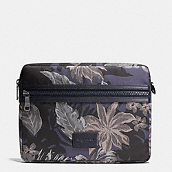 COACH MEDIUM BEACH POUCH IN POLYESTER - HAWAIIAN PALM - F65299