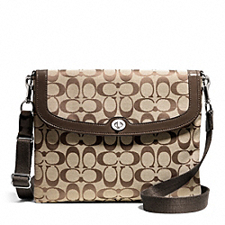 PARK SIGNATURE TABLET CROSSBODY - f65360 - 16355