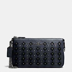 NOLITA WRISTLET 24 IN FLORAL RIVETS LEATHER - SILVER/NAVY/BLACK - COACH F65541