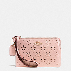 COACH CORNER ZIP WRISTLET IN LASER CUT LEATHER - IMITATION GOLD/PEACH ROSE GLITTER - F65554