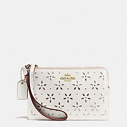 COACH CORNER ZIP WRISTLET IN LASER CUT LEATHER - IMITATION GOLD/CHALK GLITTER - F65554