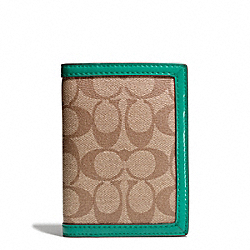 COACH PARK SIGNATURE PVC PASSPORT CASE - SILVER/KHAKI/BRIGHT JADE - F65699