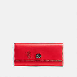 COACH MICKEY TURNLOCK WALLET IN SMOOTH LEATHER - DARK GUNMETAL/1941 RED - F65793