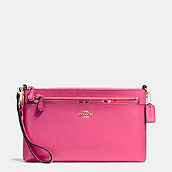 COACH WRISTLET WITH POP UP POUCH IN WILDFLOWER PRINT COATED CANVAS - IMITATION GOLD/DAHLIA - F65805