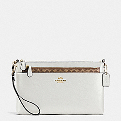WRISTLET WITH POP UP POUCH IN CROSSGRAIN LEATHER - f65807 - IMITATION GOLD/CHALK
