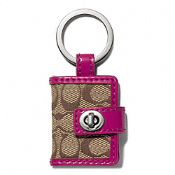 SIGNATURE TURNLOCK PICTURE FRAME KEY RING - f65817 - SILVER/KHAKI/BRIGHT MAGENTA