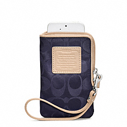 COACH WEEKEND NYLON NORTH/SOUTH UNIVERSAL CASE - SILVER/NAVY - F65836