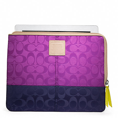 COACH LEGACY WEEKEND COLORBLOCK NYLON L-ZIP IPAD SLEEVE -  - f65858