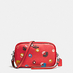 CROSSBODY CLUTCH IN WILD PRAIRIE PRINT COATED CANVAS - f65882 - SILVER/CARMINE WILD PRAIRIE