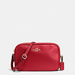 COACH CROSSBODY POUCH IN PEBBLE LEATHER - IMITATION GOLD/TRUE RED - F65988