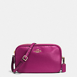 CROSSBODY POUCH IN PEBBLE LEATHER - F65988 - IMITATION GOLD/FUCHSIA