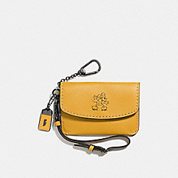 COACH MICKEY ENVELOPE KEY POUCH IN GLOVETANNED LEATHER - DARK GUNMETAL/FLAX - F66146