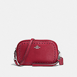 COACH CROSSBODY CLUTCH IN PEBBLE LEATHER WITH LACQUER RIVETS - SILVER/RED CURRANT - F66154