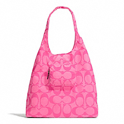 COACH PARK SIGNATURE FOLDING TOTE - HOT PINK - F66180