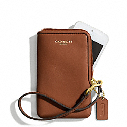 COACH NORTH/SOUTH UNIVERSAL CASE IN LEATHER - BRASS/COGNAC - F66213