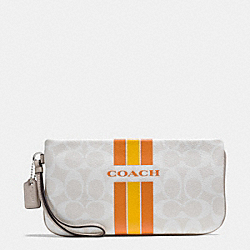 COACH COACH VARSITY STRIPE LARGE WRISTLET IN SIGNATURE - SILVER/CHALK ORANGE - F66463