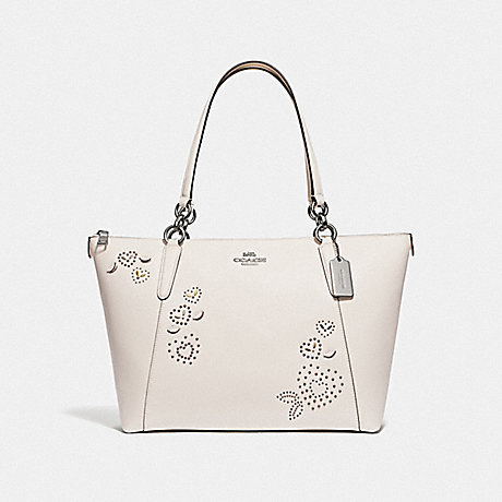 COACH AVA TOTE WITH HEART BANDANA RIVETS - CHALK MULTI/SILVER - F66871