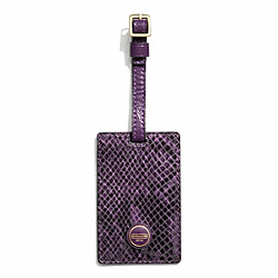 SIGNATURE STRIPE EMBOSSED SNAKE LUGGAGE TAG COACH F67039