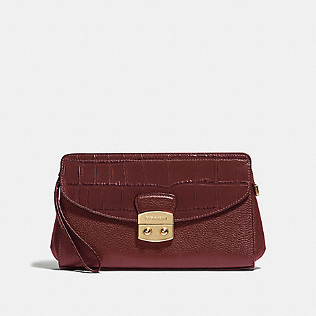 COACH FLAP CLUTCH - WINE/IMITATION GOLD - F67497