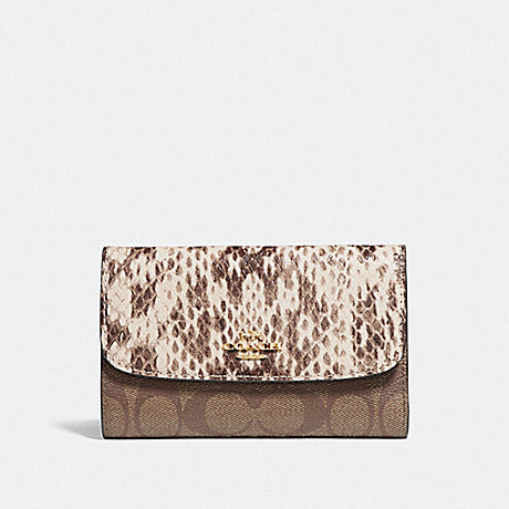 COACH MEDIUM ENVELOPE WALLET IN SIGNATURE CANVAS - KHAKI MULTI /IMITATION GOLD - F67498