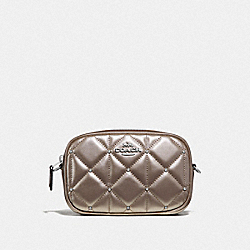 CONVERTIBLE BELT BAG WITH STUDDED DIAMOND QUILTING - PLATINUM/SILVER - COACH F67540