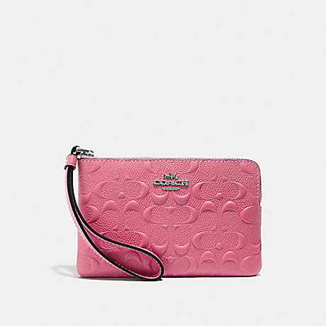 COACH CORNER ZIP WRISTLET IN SIGNATURE LEATHER - STRAWBERRY/SILVER - F67555