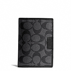 COACH HERITAGE SIGNATURE PASSPORT CASE - CHARCOAL/BLACK - F68667