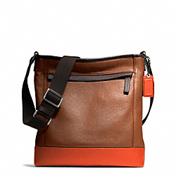 CAMDEN LEATHER TECH CROSSBODY - f70920 - GUNMETAL/SADDLE/PAPAYA