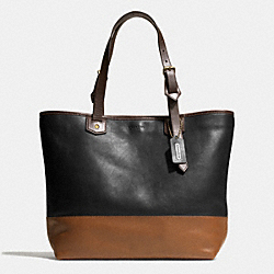 COACH SMALL HOLDALL IN COLORBLOCK LEATHER - BRASS/BLACK/FAWN - F71429