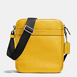 COACH FLIGHT BAG IN SMOOTH LEATHER - BANANA - F71723