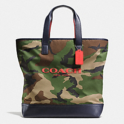 COACH MERCER TOTE IN PRINTED NYLON - CLASSIC CAMO - F71758