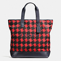 COACH MERCER TOTE IN PRINTED NYLON - RED HOUNDSTOOTH - F71758