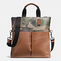 CHARLES FOLDOVER TOTE IN PRINTED COATED CANVAS - GREEN CAMO - COACH F72357