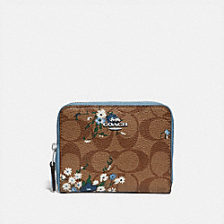 SMALL ZIP AROUND WALLET IN SIGNATURE CANVAS WITH FLORAL BUNDLE PRINT - KHAKI BLUE MULTI/SILVER - COACH F72427