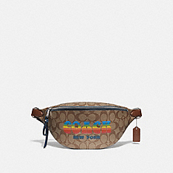 BELT BAG IN SIGNATURE CANVAS WITH RAINBOW COACH ANIMATION - KHAKI/MULTI/SILVER - COACH F72710