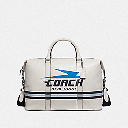 VOYAGER BAG WITH VINTAGE COACH MOTIF - CHALK - COACH F72950