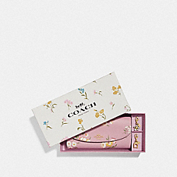 BOXED SLIM ENVELOPE WALLET WITH TOSSED DAISY PRINT - CARNATION/GOLD - COACH F73015