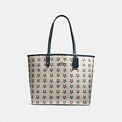 REVERSIBLE CITY TOTE WITH WESTERN STAR PRINT - SILVER/CHALK MULTI/DENIM - COACH F73323