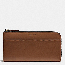 COACH BLEECKER LARGE HALF ZIP WALLET IN LEATHER - FAWN - F74784