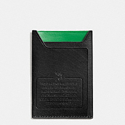 COACH MODERN CARD CASE IN WATER BUFFALO LEATHER - BLACK/GREEN - F74990